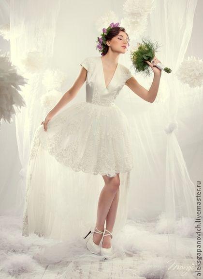 8aa493d1d6d Свадебное платье из атласа