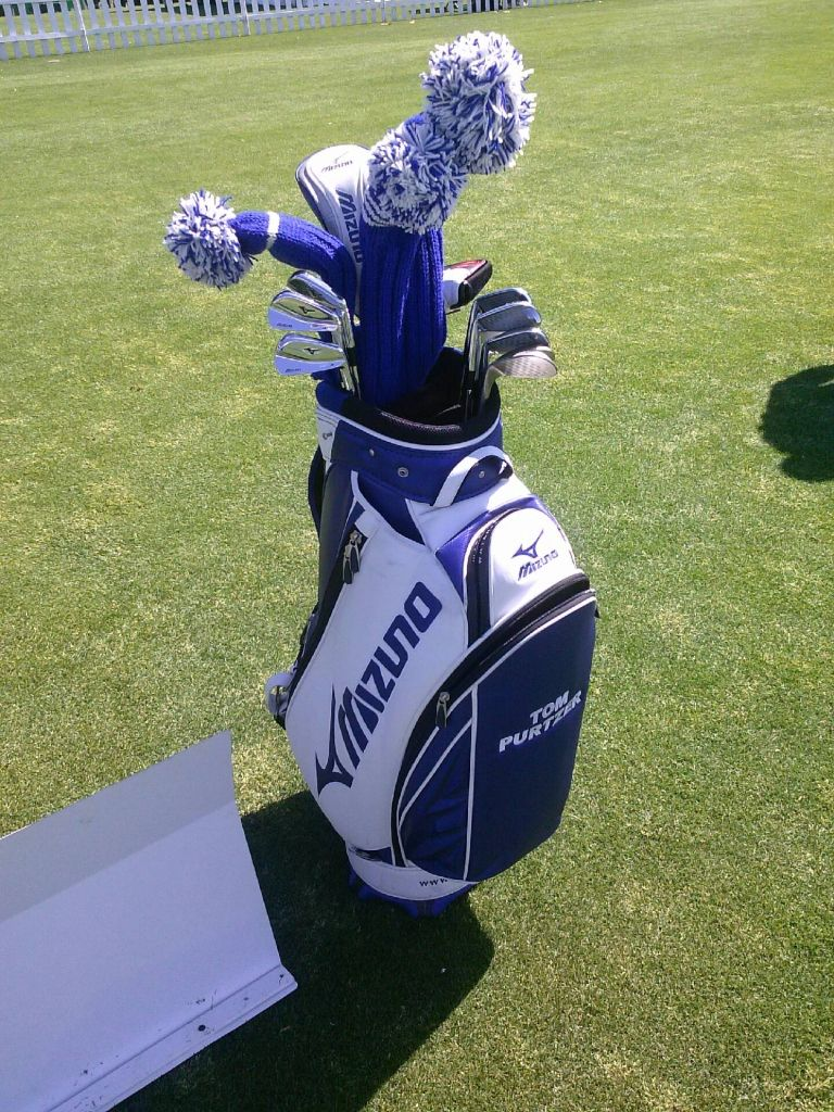 Tom Purtzer S New Sunfish Headcovers Those Are Our Blue And White Www Sunfishsales Com Golf Headcovers Golf Bags Blue And White