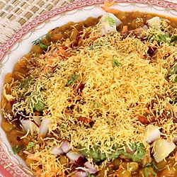 Sev Usal Recipe Make Best Gujarati Sev Usal Snack At Home Recipe Recipes Indian Food Recipes Chaat Recipe
