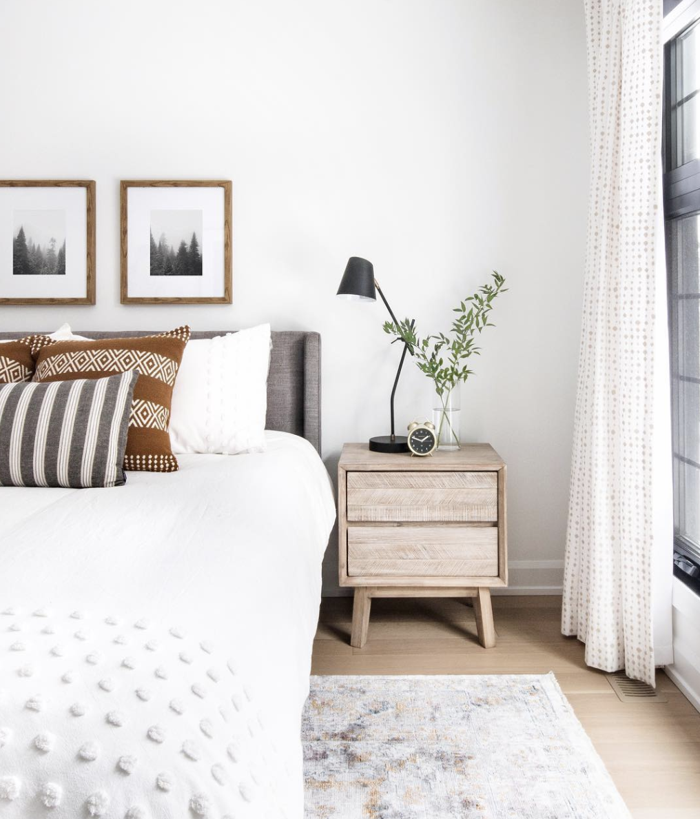 Designing the Perfect Bedside Luxury bedroom