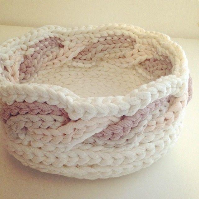 עושה עיניים | בלוג סריגה | Crochet | Pinterest | Trapillo, Cestas y ...