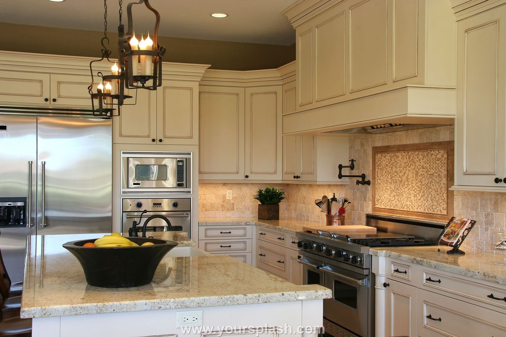 Kitchen Cabinets Ideas For Homeowners Yoursplash Com Ivory Kitchen Cabinets Antique White Kitchen Cabinets Ivory Kitchen