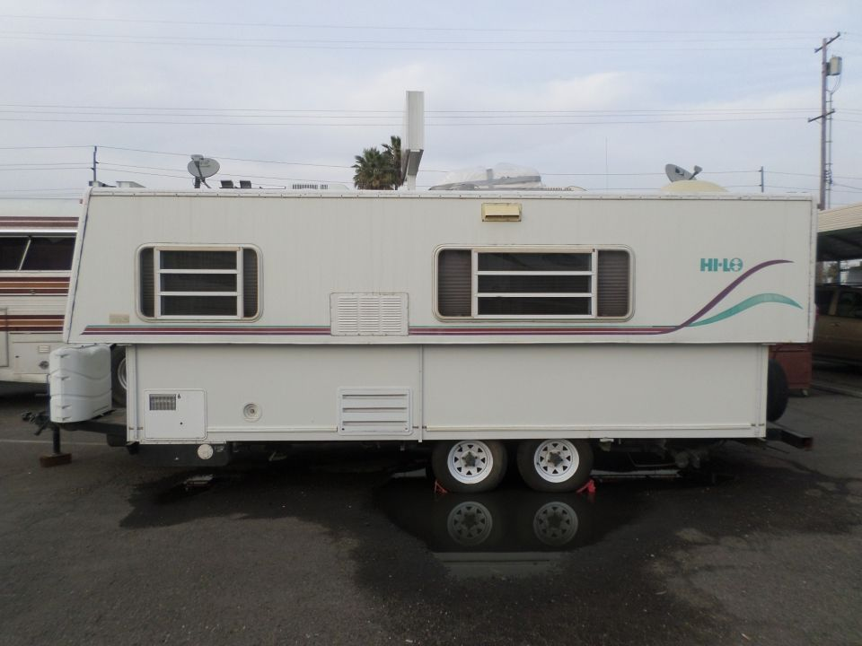 2002 Hilo Travel Trailer Rvs Motorhomes Trailers And Campers