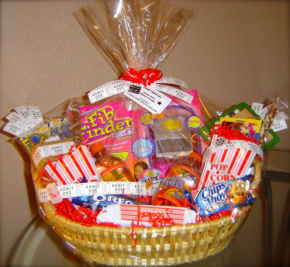 Christmas Gift Baskets For Families: Family Game Night Gift Baskets! Audjiefied...