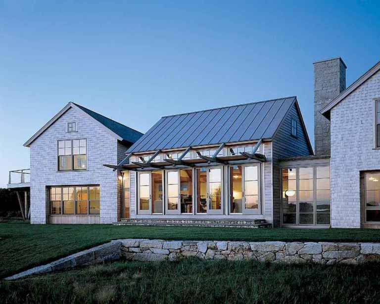 90 Awesome Modern Farmhouse Exterior Design Ideas (14 #modernfarmhouse
