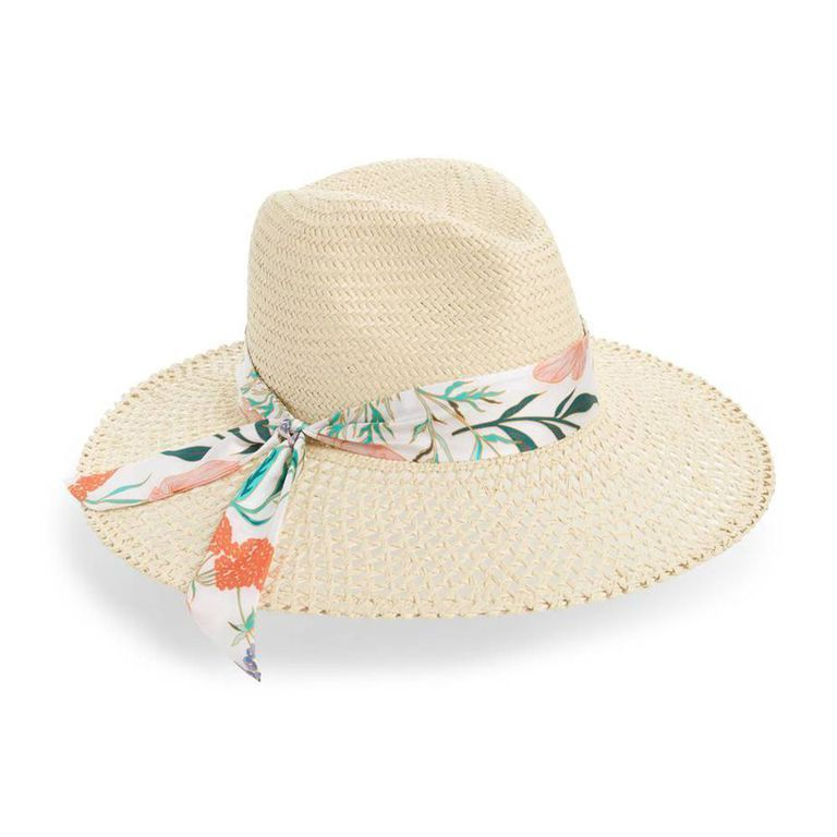 11 Cute Sun Hats for Women in 2018 - Straw Beach Hats for Summer   sunhatsforwomenfashion 10f0ac9a0de