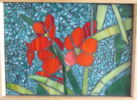 mosaic trays | Mosaic of coral colored flowers on a wooden tray