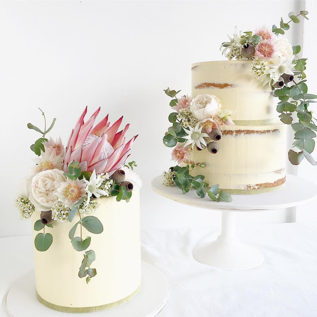 Instead Of Having 3 Tiers Cake Have 2 Separate Cakes Why