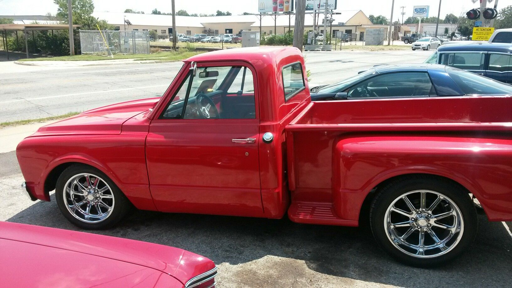 Db 67 72 Chevy C10 Stepside Red Trucks D In 2018 1968 4x4 Truck