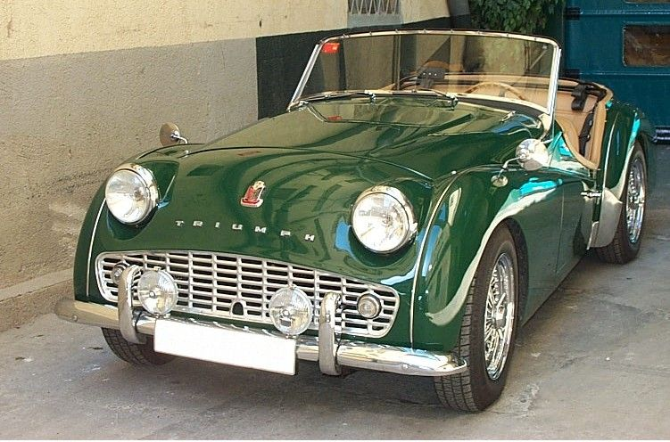 Triumph TR3 - would love to get my dads car to look like this!