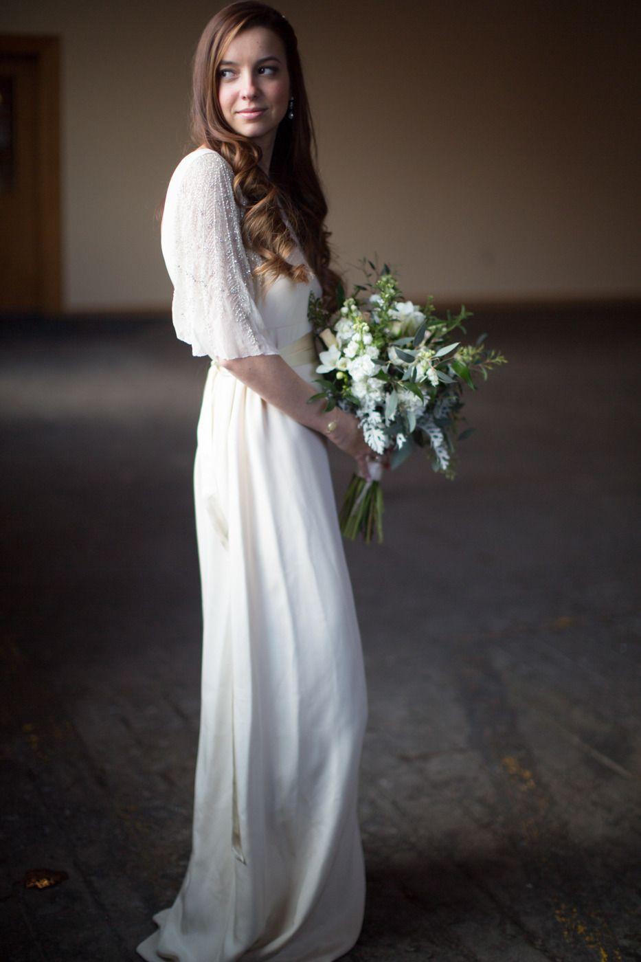 Romantic and rustic photo shoot at the baraboo arts center wedding