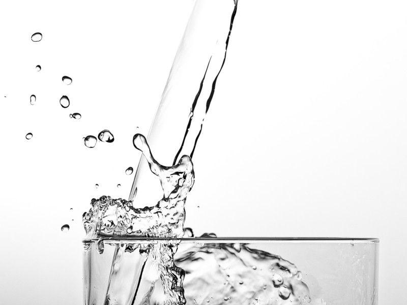 Wasser trinken: Achtung, diesen einen Fehler machst du wahrscheinlich täglich