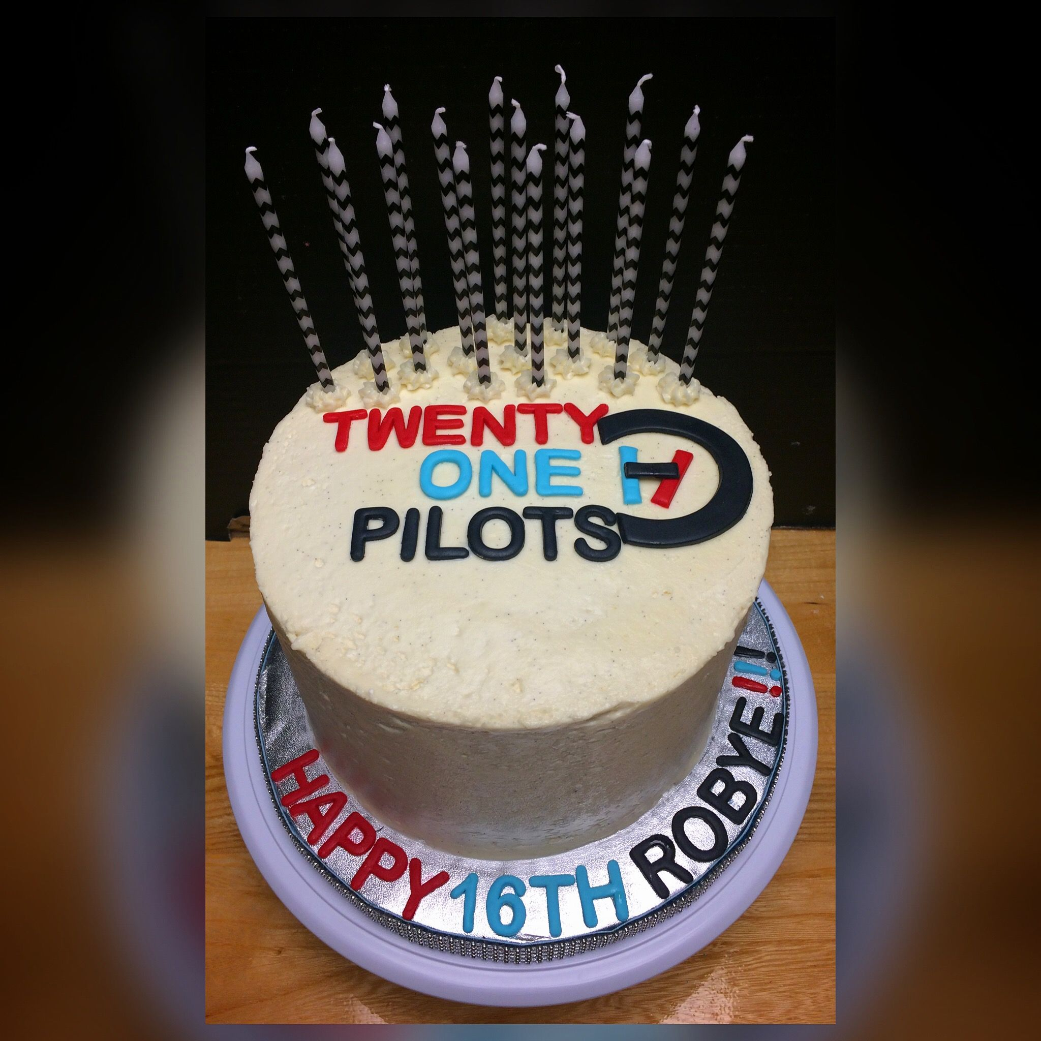 Twenty One Pilots Birthday Cake With Fondant Accents Cakes I Made