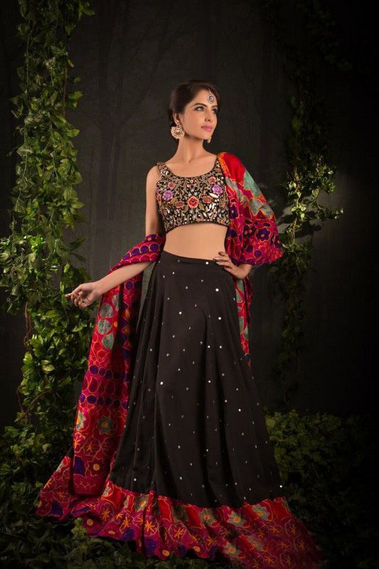 Faisal Zari Awesome Party Suits For Girls 2015 (5)