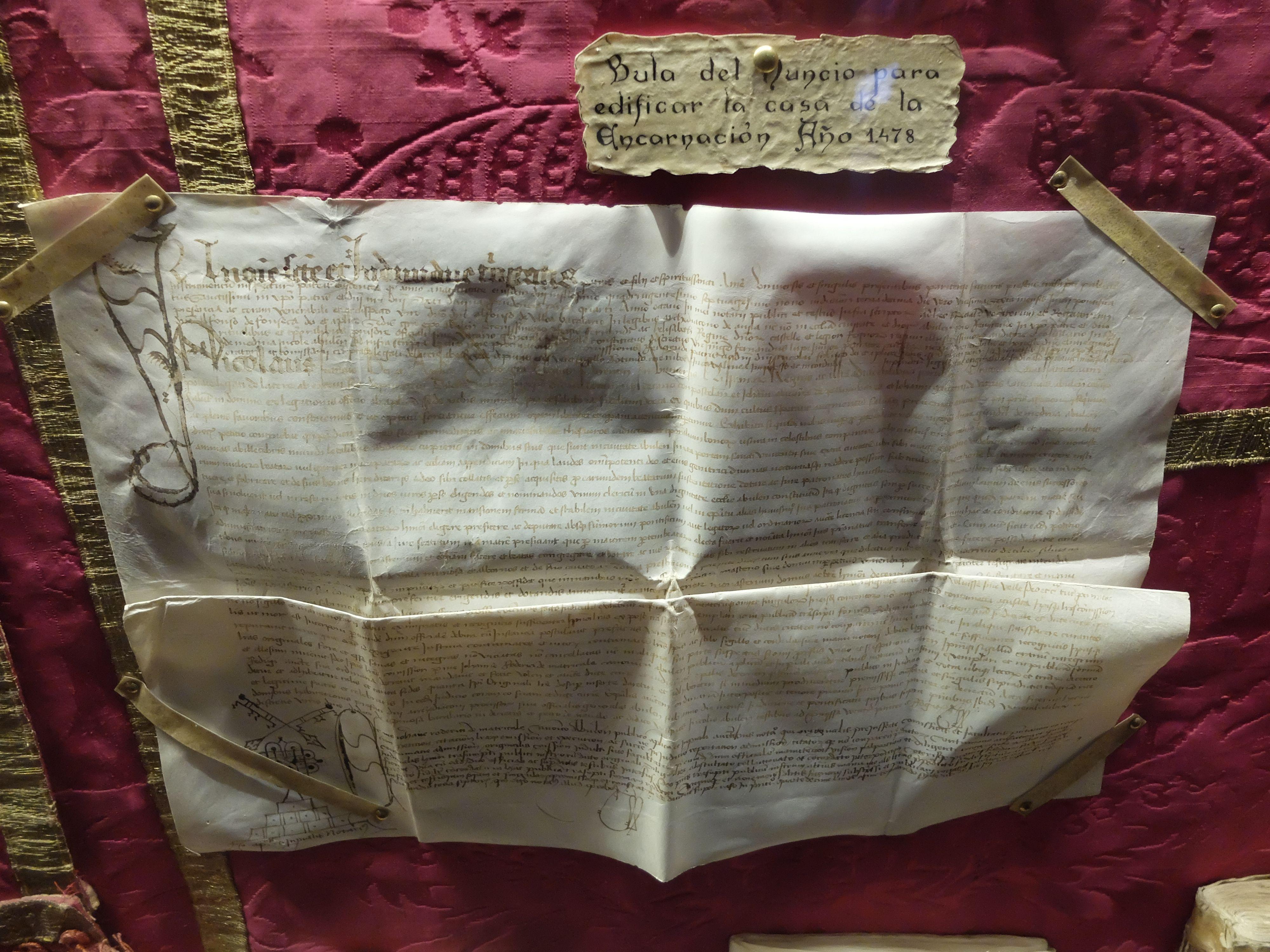 Convento de la Encarnación. Museo. Primera planta. Documento . Bula que permitia levantar el edificio del convento. Año 1478.