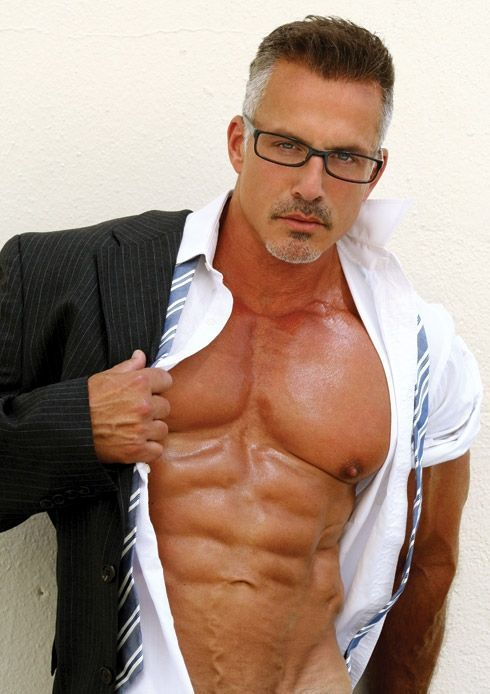 hot-sexy-mature-men