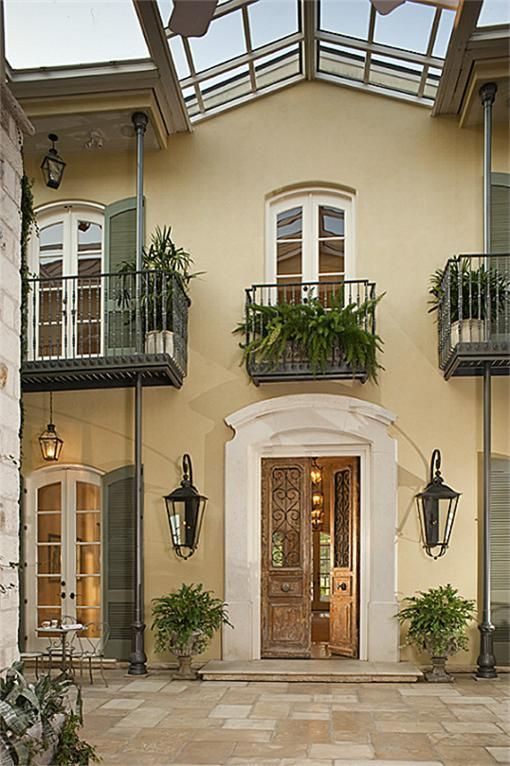 New Orleans Style Home With Courtyard Acadian Style Homes Courtyard House New Orleans Homes