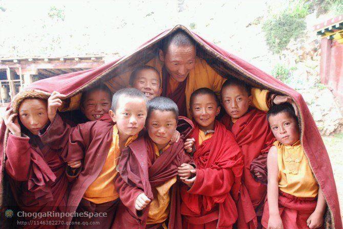 Students in Butan Tibet