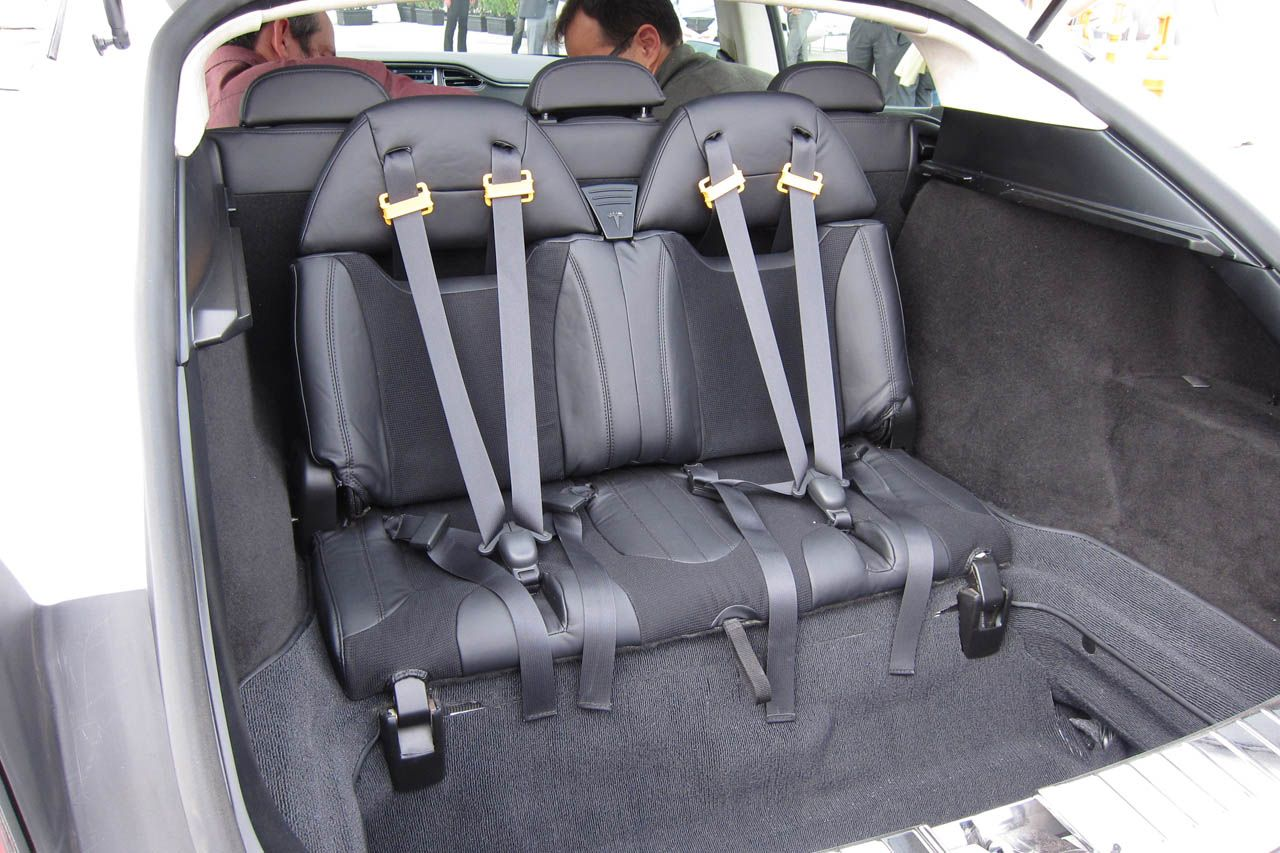 tesla model s trunk space Google 搜尋 Tesla model s