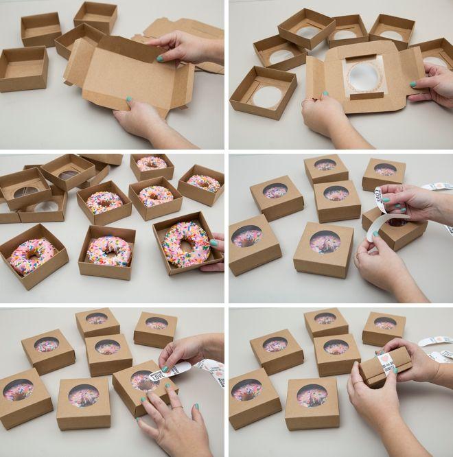 Tudo que você precisa é de amor e donuts ... uma ideia de lanche para casamento muito tarde!