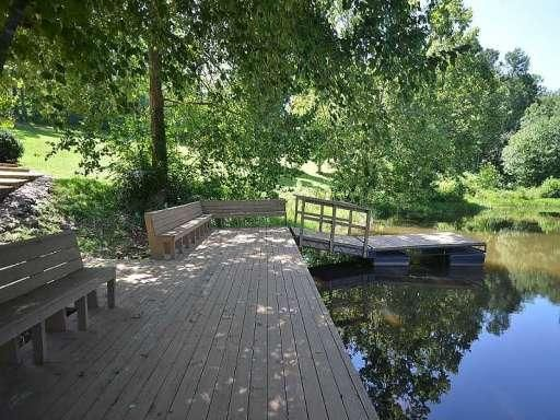 Nice Pond Side Sitting Area Landscaping Inspiration Marble Hill Outdoor Decor