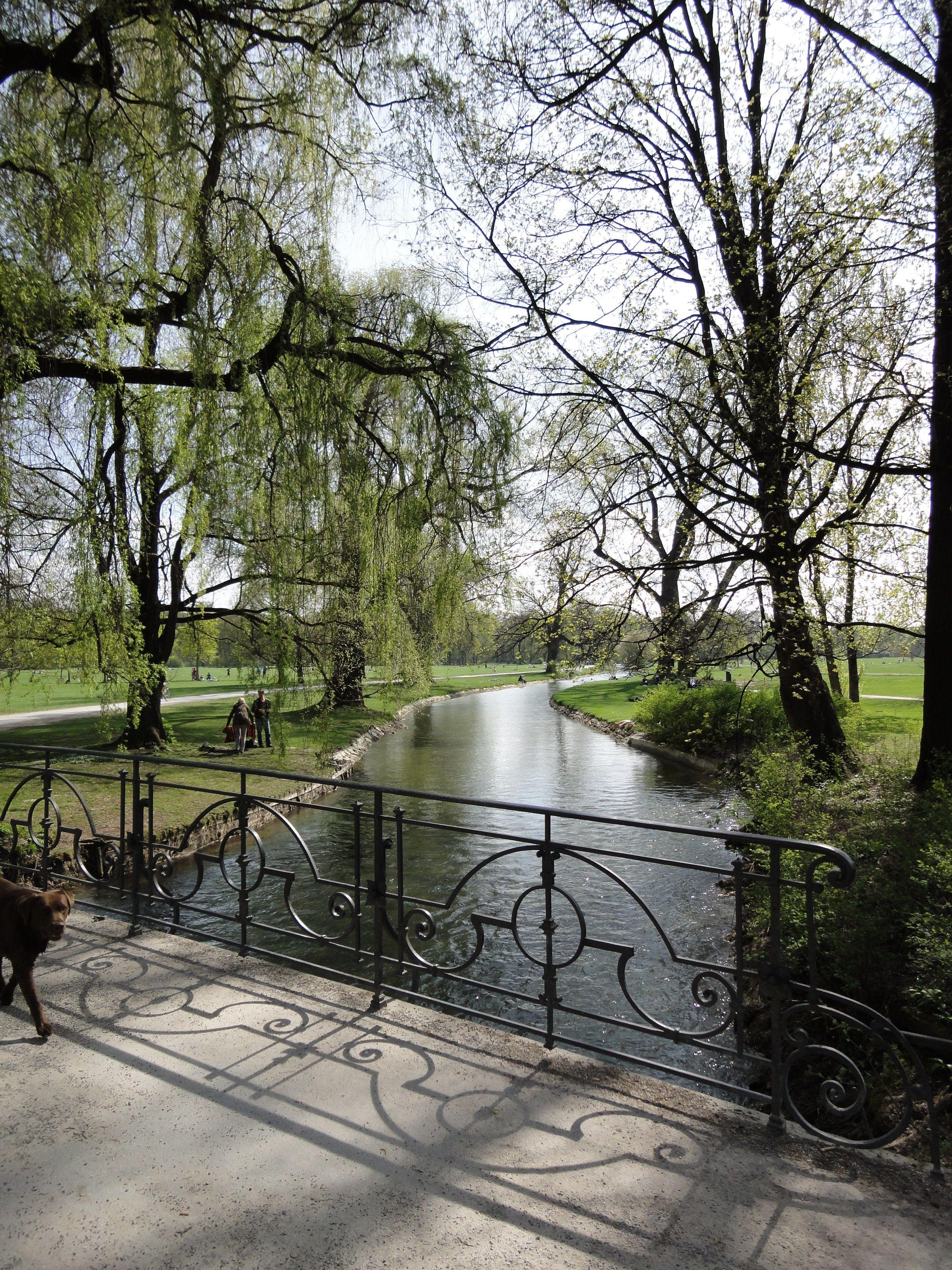 Englischer Garten Munchen English Garden Munich Germany