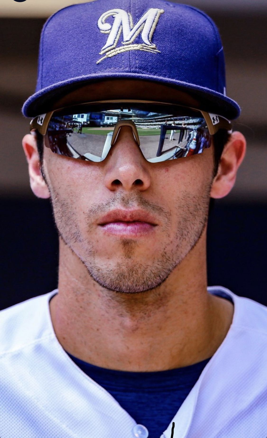This Picture Is A Bit Painful To Look At He S Too Gorgeous Christian Yelich Atlanta Braves Wallpaper Cute Baseball Players