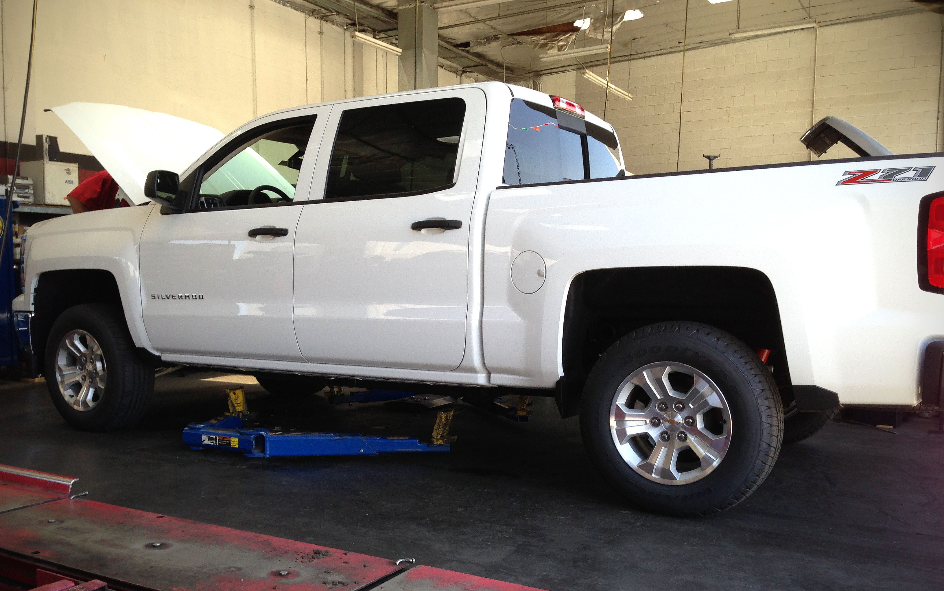 Pro comp 6 inch crossmember and knuckle lift kit chevrolet silverado 2500hd yes please hell ya pinterest gmc trucks chevy and pro comp