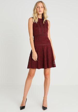 9f8df37873 Czerwone Sukienki koktajlowe - z Zalando  gwarancja udanej stylizacji