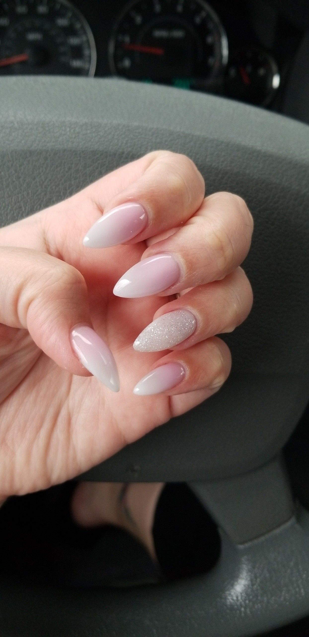Pink And White Ombre Stiletto Nails Pink Stiletto Nails Natural