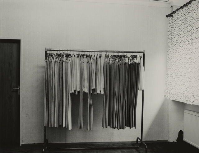 Sortiment (Reinigung) / Sortation (Dry Cleaner), 1981, by Wilhelm Schürmann