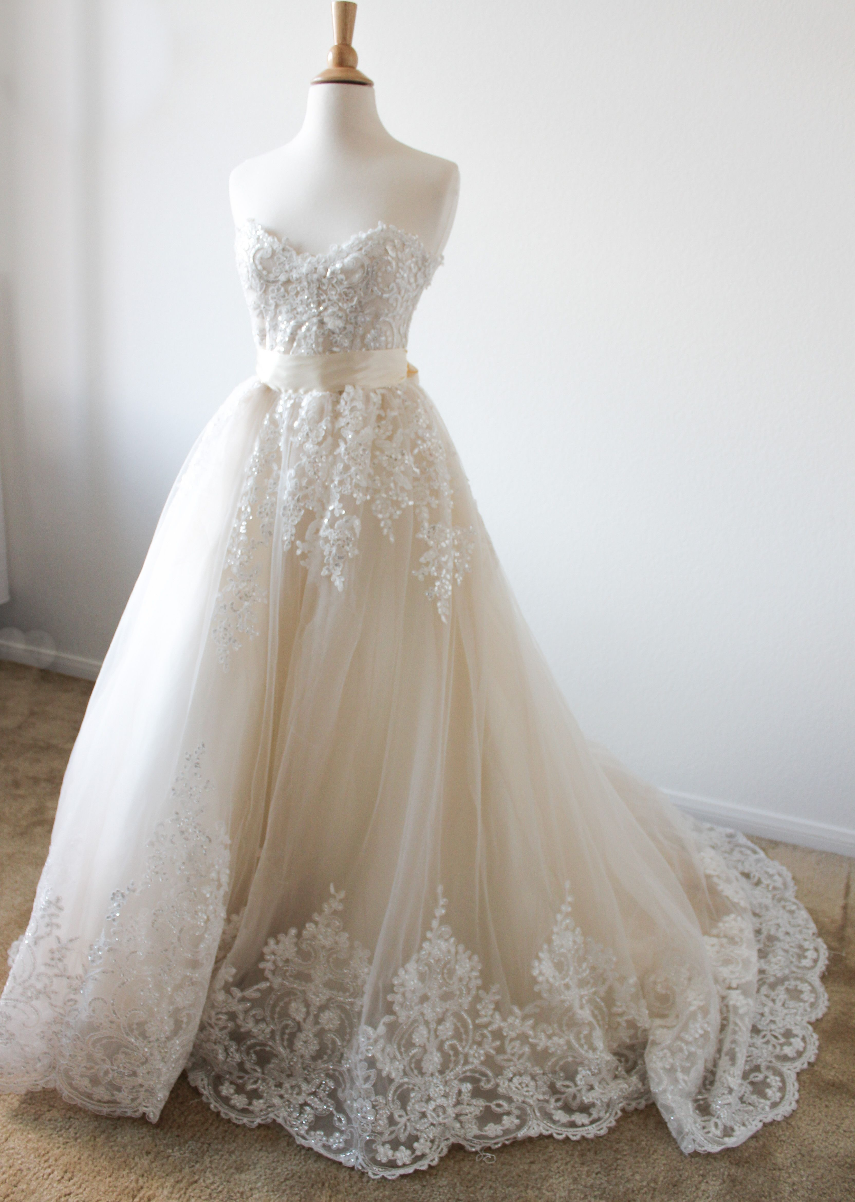 Handbeaded strapless aline bridal gown wedding dress bridal