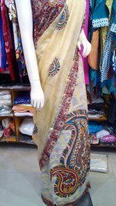A vry beautiful Saree wid Kalamkari applique..... any query for purchasing mail us at disha4u.ds@gmail.com