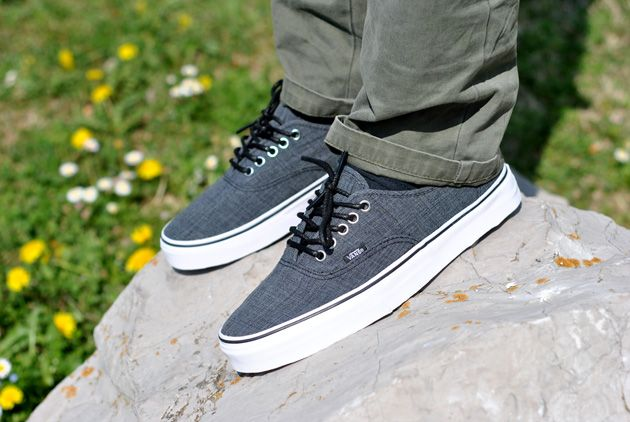 Vans Authentic Chambray - Printemps 2012 - Sneakers.fr ...