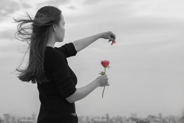 失恋でキレイになって幸せをつかめる人、ブスになって不幸になる人の違いとは?