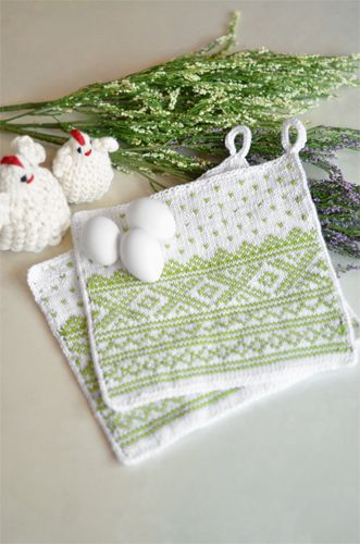 """Classic Norwegian """"Marius"""" pattern done in fresh colors. 