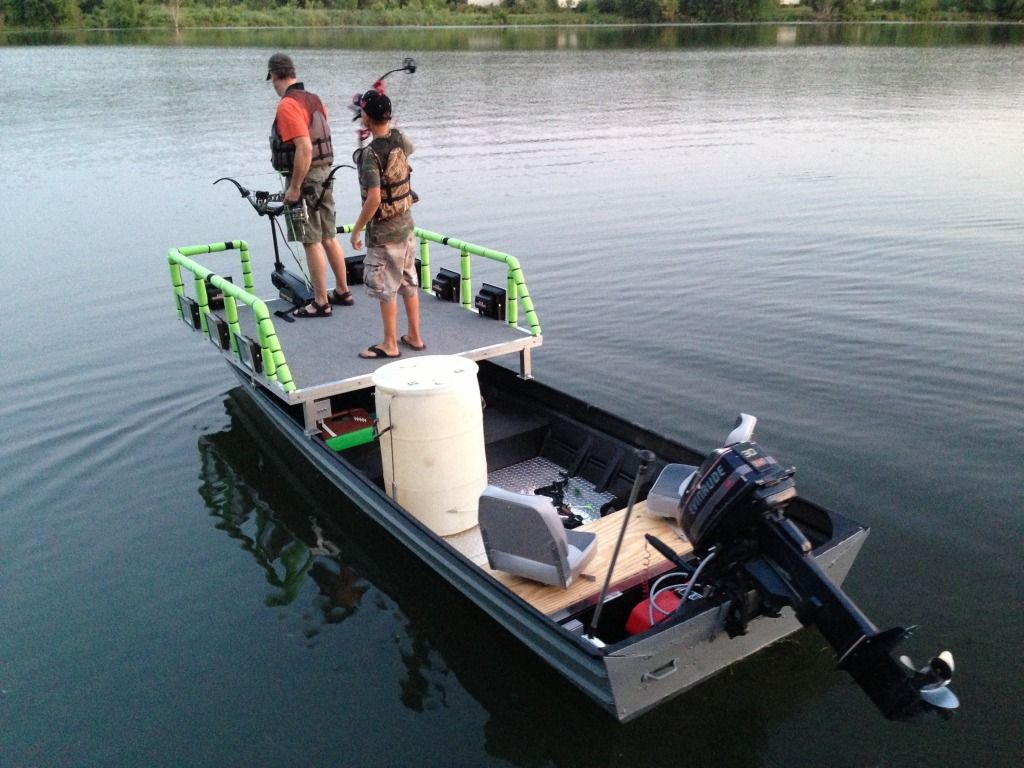 Nice simple boat build bowfishing boat ideas pinterest for Bow fishing platform