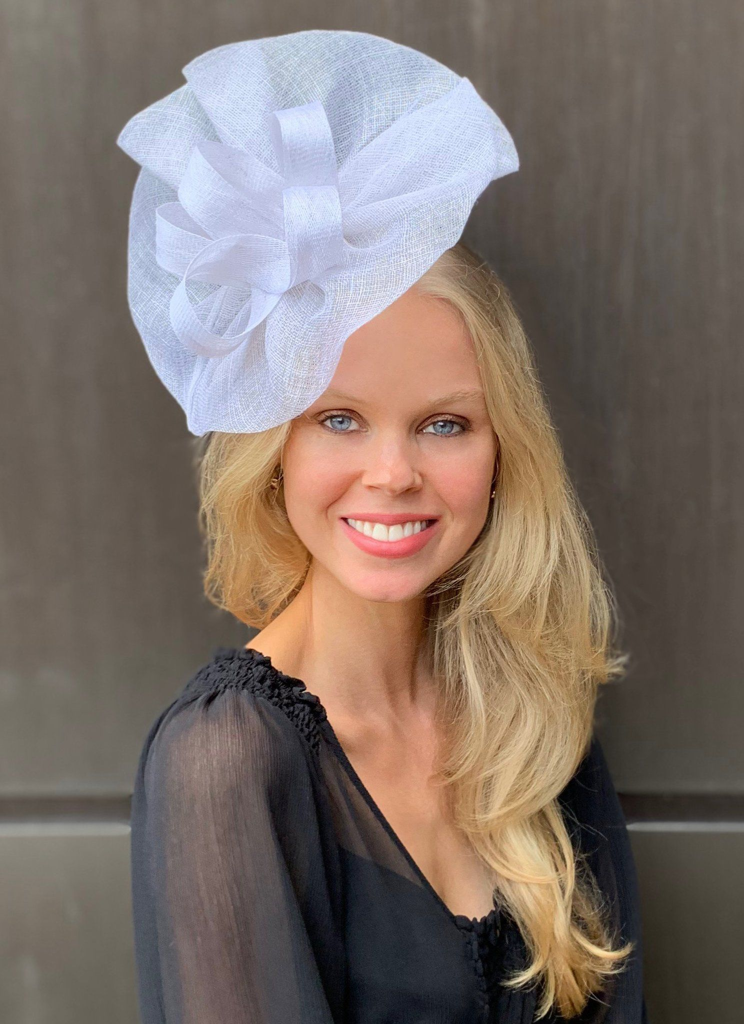 7d99b325ffdfd  61 USD theheadwearboutique.com- Tia Oversized White Fascinator