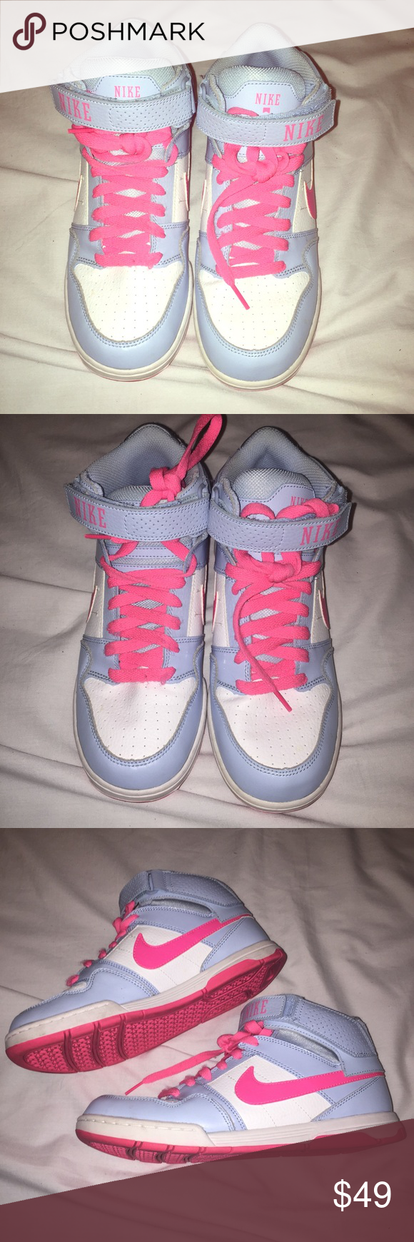 Hot pink soles. Hot pink Nike swoosh
