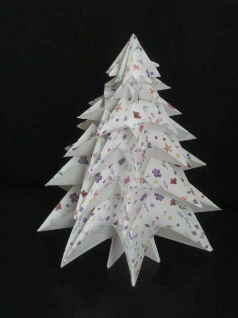Origami christmas tree mon beau sapin pinterest sapin blanc idee noel et arbres de no l - Arbre de noel origami ...