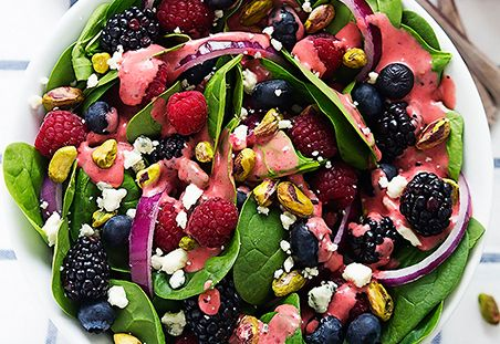 Berry Pistachio Spinach Salad With Berry Vinaigrette on DiamondNuts.com #DiamondNuts
