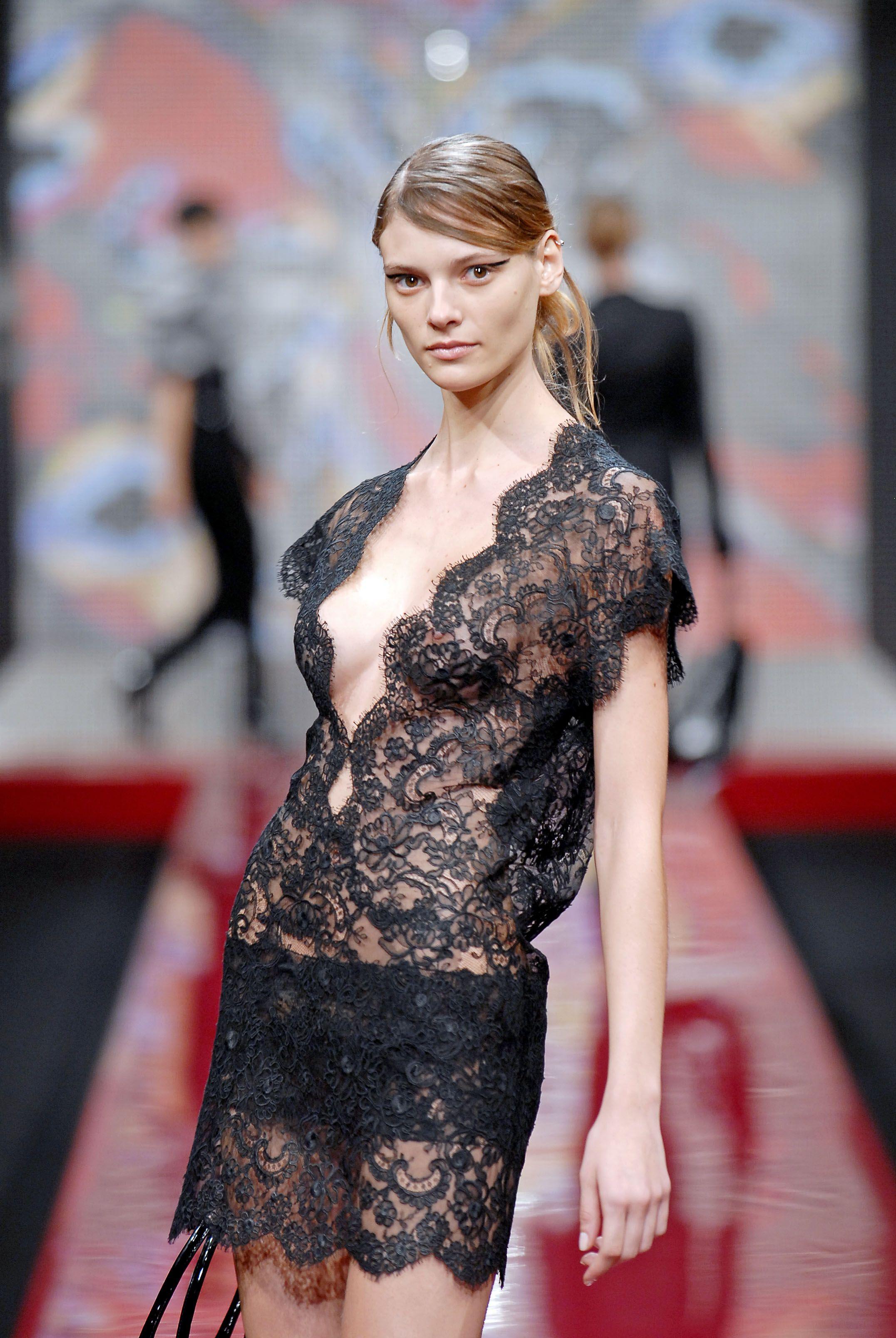Brazilian Models, Picture Video, See Through, Catwalk, Public, Slip On,