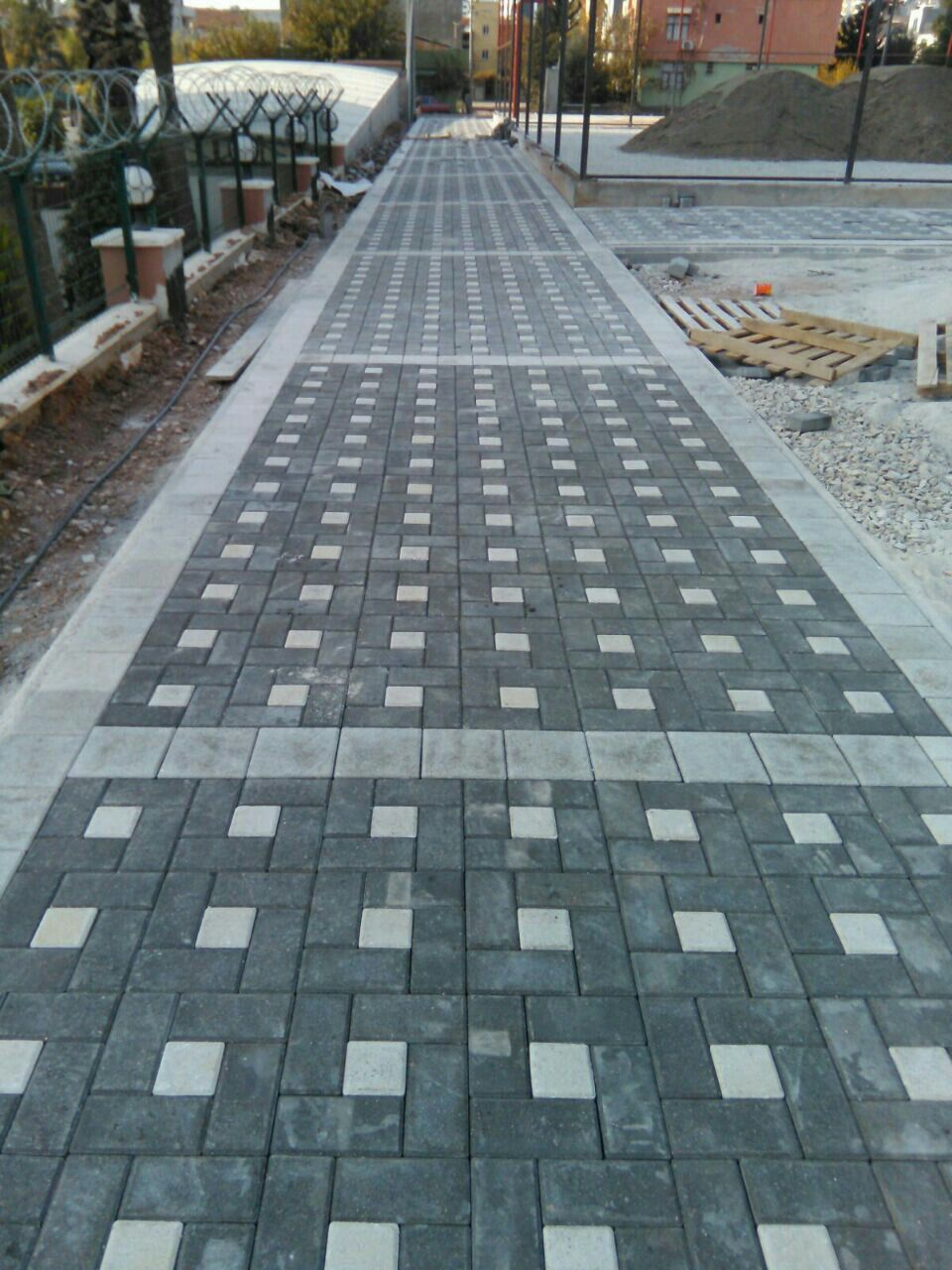 Pin By Crystal On Paving Patio Pavers Design Paving Design Patio Design