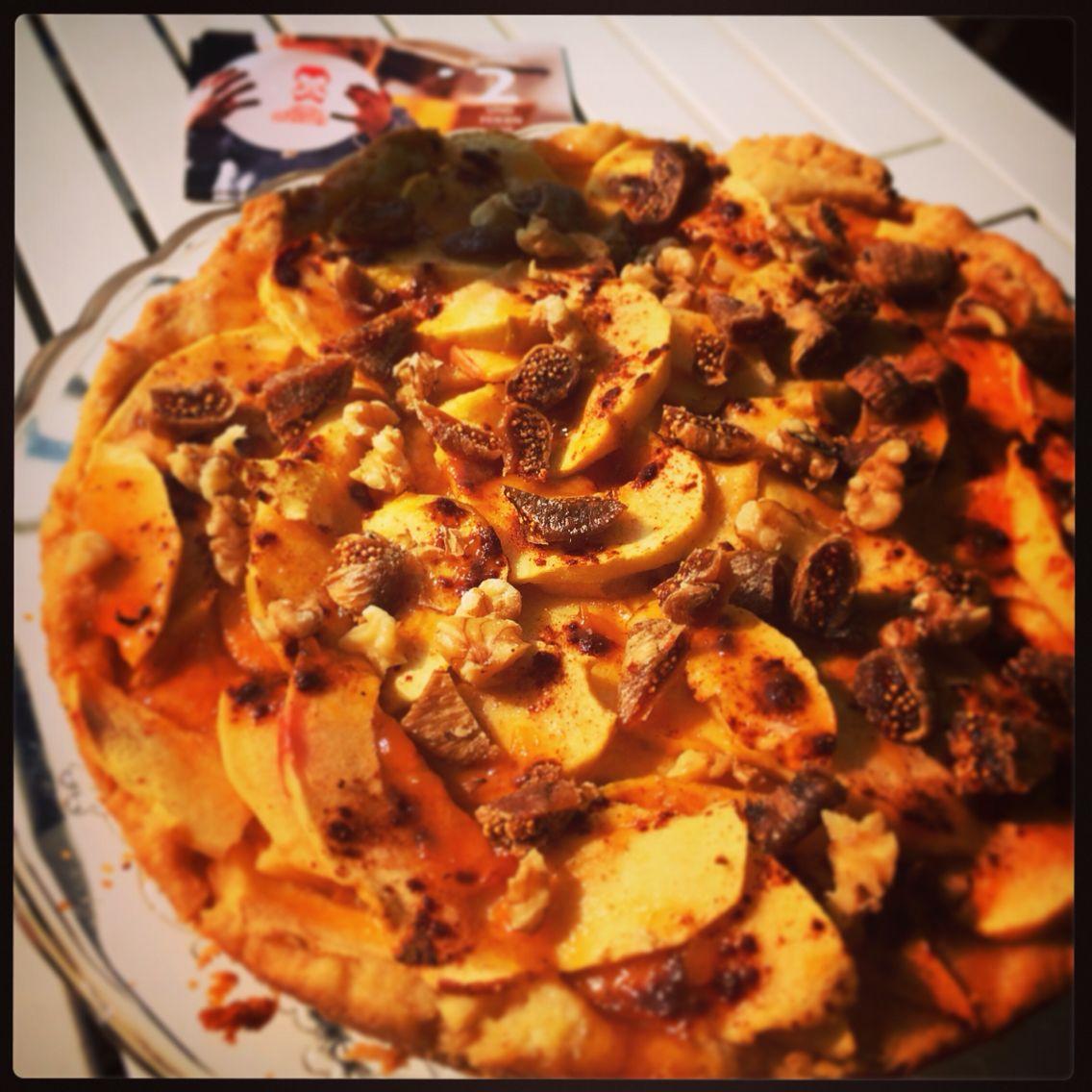 veganer italienischer apfelkuchen mit feigen-wallnusstopping!