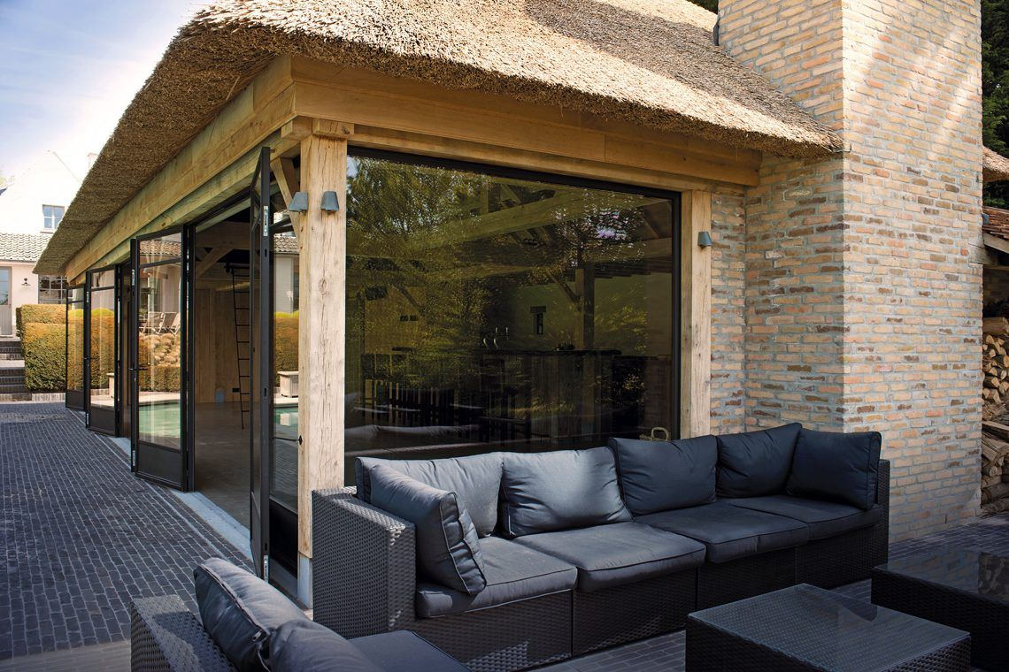 Livinlodge classic ronse exclusive two level pool house with