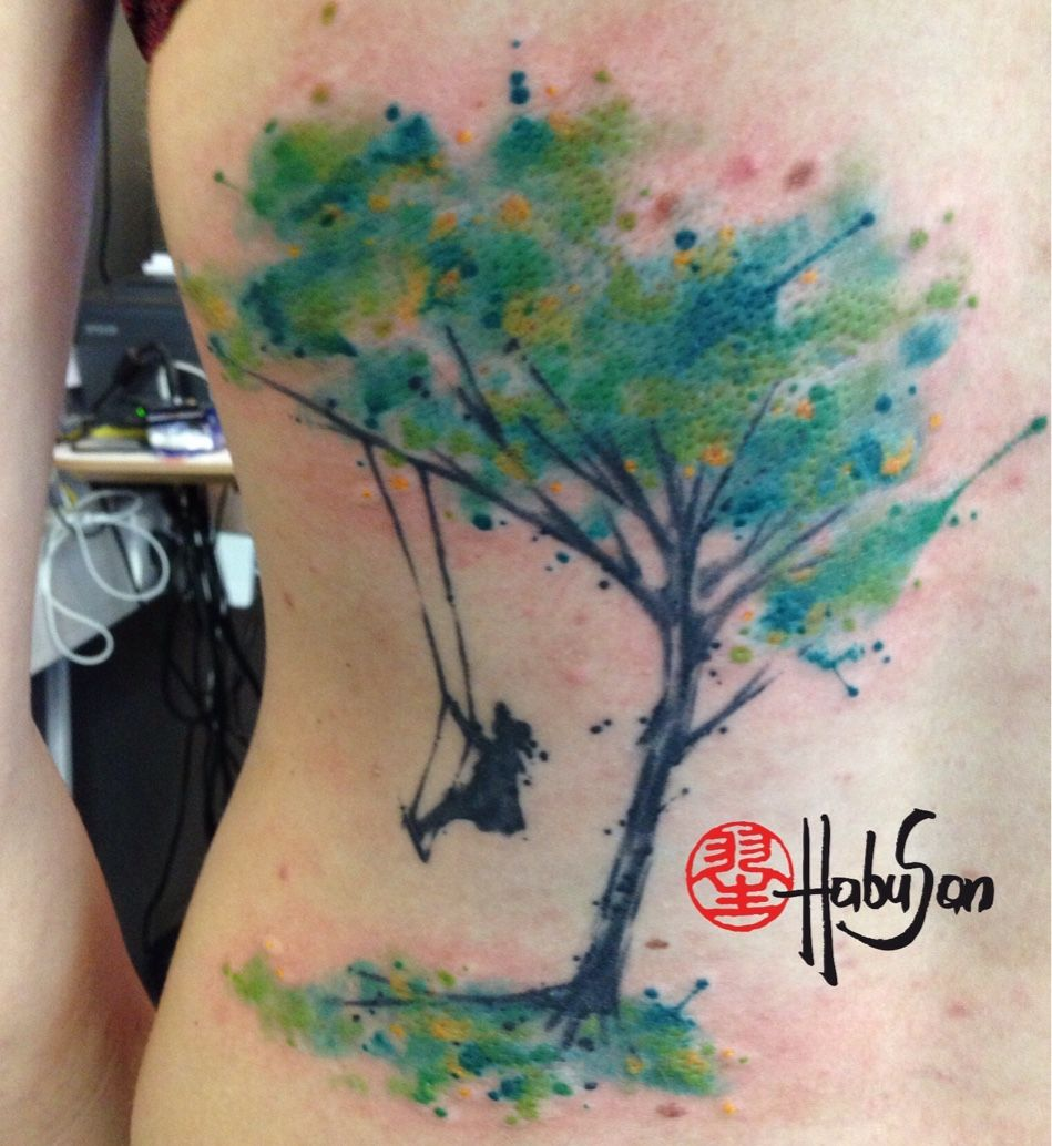 watercolour baum auf der h fte r cken vielen dank liebe claudia tattoo habusan wien. Black Bedroom Furniture Sets. Home Design Ideas