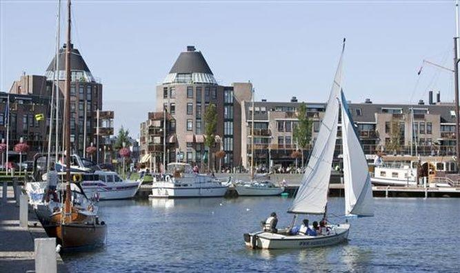 Almere haven almere netherlands places en restaurant