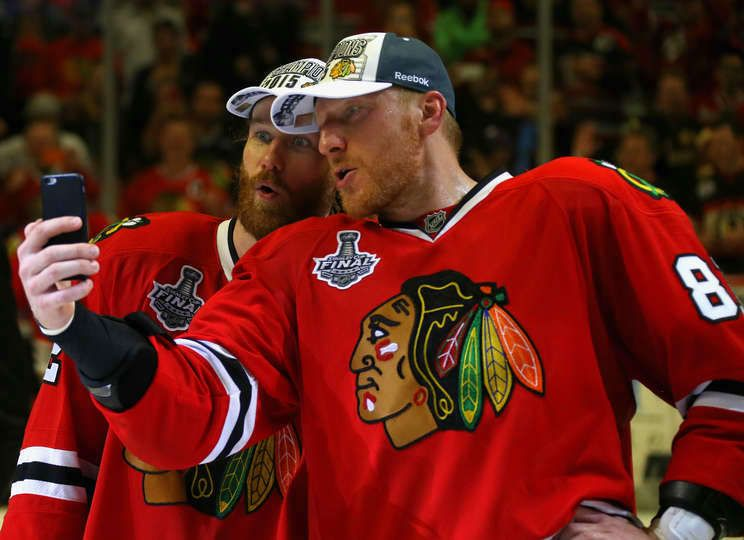 Duncan Keith #2 and Marian Hossa #81 take a selfie.