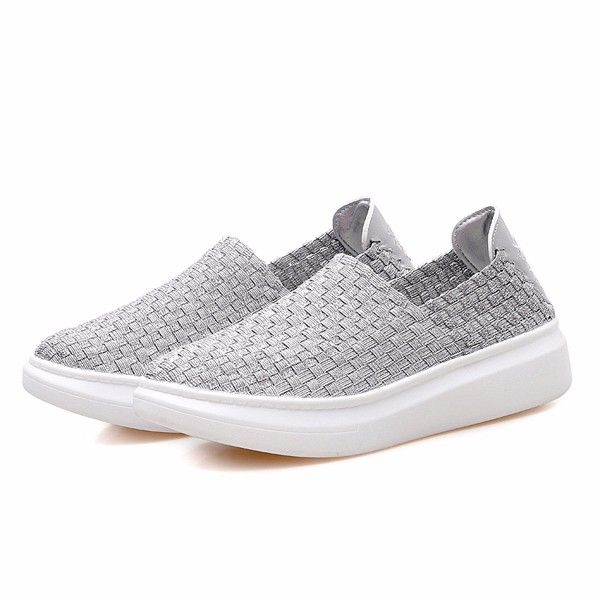 Colorful Knitting Breathable Slip On Athletic Shoes Walking Sport
