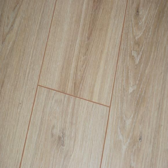 Prestige Plus 12mm Arosa Oak Plank Ac5 Click Laminate Flooring Flooring Click Laminate Flooring Oak Planks